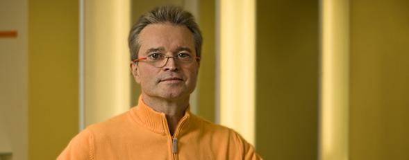 https://downloadimedode.s3.amazonaws.com/arzt_premium/317786-dr-med-wolfgang-hirsch/31082015_Hirsch_Kiewski/Dres_Hirsch_Dr_Hirsch_Portrait_lang.jpg