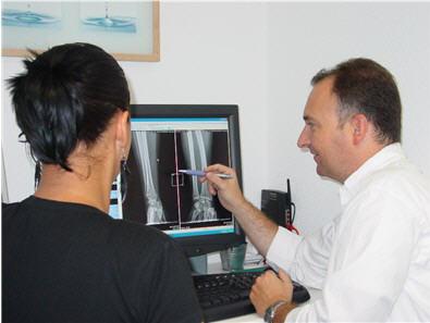 https://downloadimedode.s3.amazonaws.com/arzt_premium/398365-dr-med-hans-eric-castenholz/Behandlung2.jpg