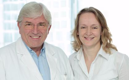 Prof. Dr. Seifert nimmt künstliche Befruchtung vor